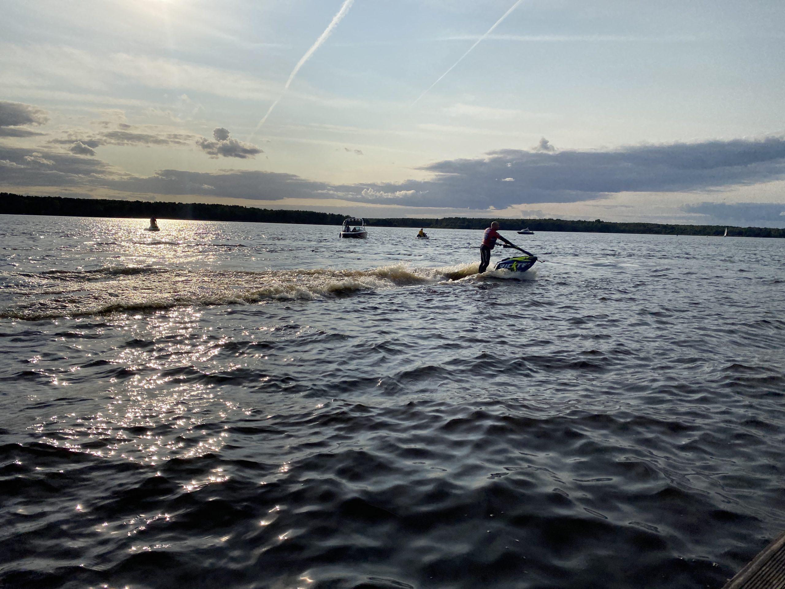 87 спортсменов из разных регионов приняли участие в Кубке России по аквабайку в Тверской области