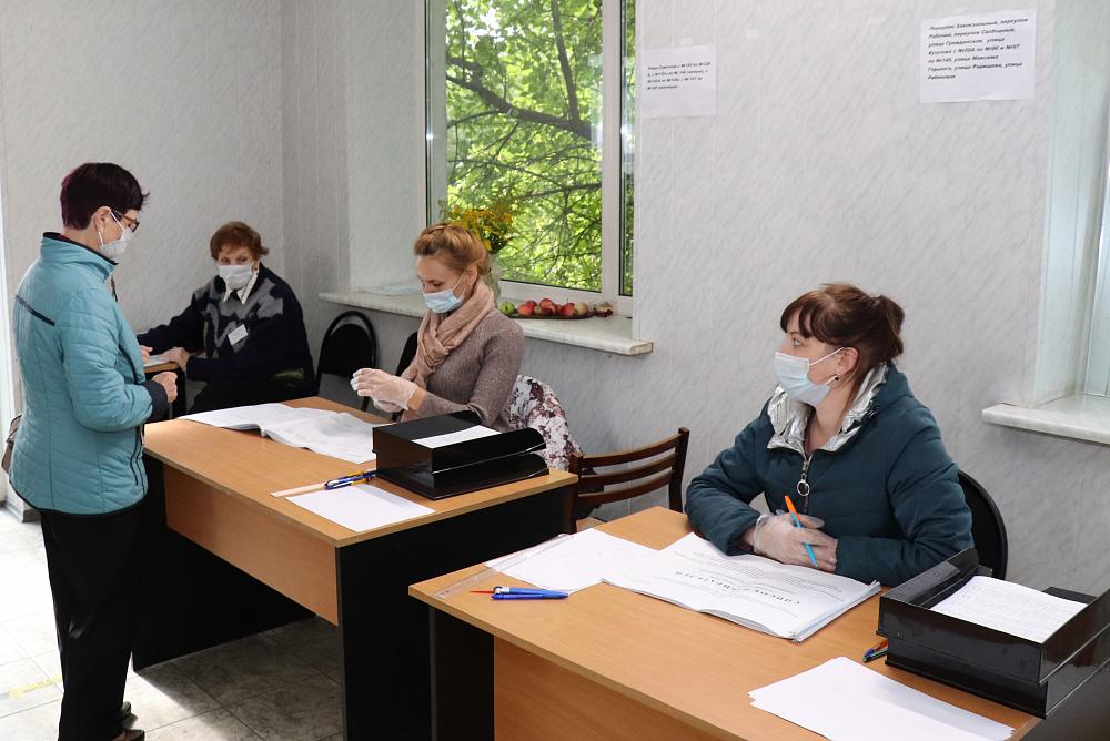 Жители Торопецкого района проявили активность на выборах и поддержали «партию власти»
