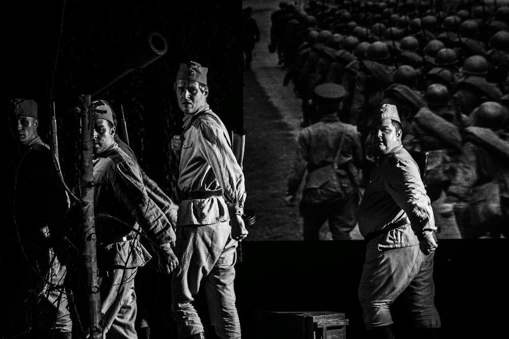 Тверской академический театр драмы привезет в Калязин спектакль «Василий Теркин»