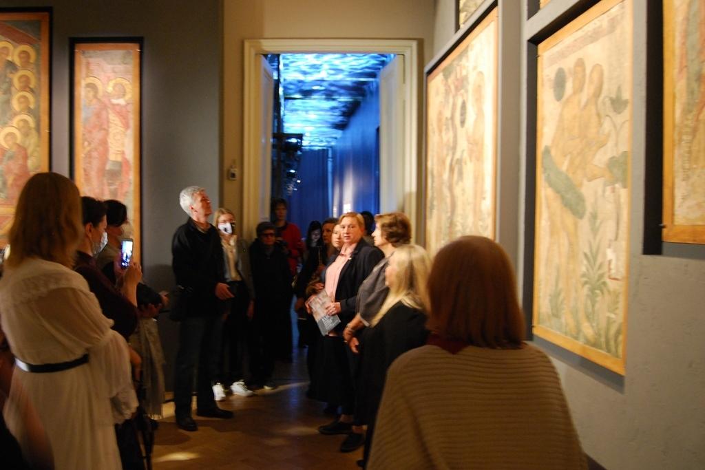 Обломки калязинской Атлантиды: в Москве открылась выставка фресок затопленного монастыря