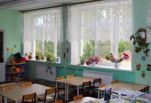 Новые оконные блоки установили в школе Тверской области