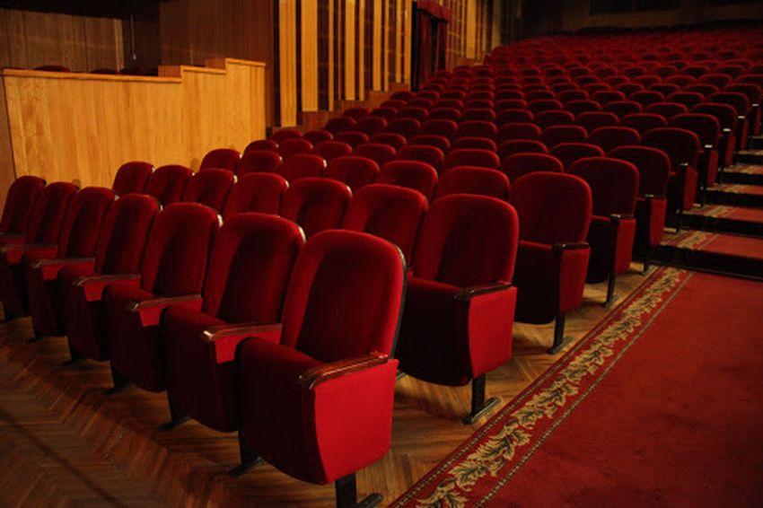 Премьеры, фестивали: тверские театры готовятся к открытию нового сезона