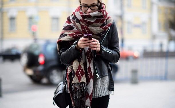 Вместо маски: безопасно ли использовать шарф для защиты от COVID-19