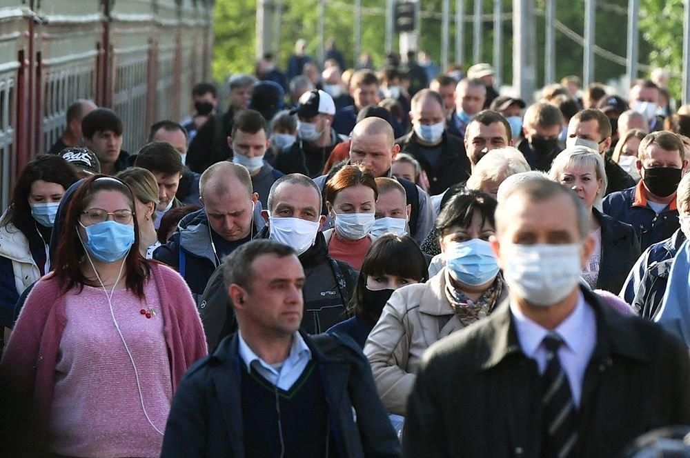 Дмитрий Ходарев: Да, я здоров и по-прежнему никого не заражу, но я надену маску, чтобы окружающим было спокойнее