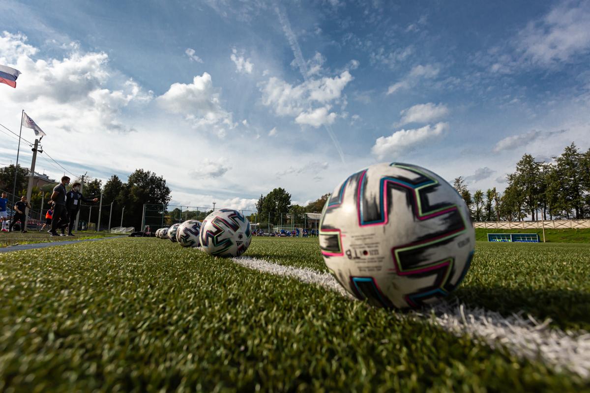 В Тверской области для победителей и призеров по футболу приобретут спортинвентарь и наградную атрибутику