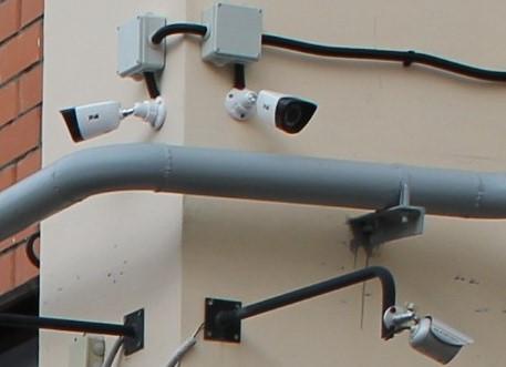 В Твери на четырех площадях установят видеонаблюдение и громкоговорители