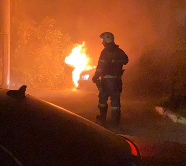 В Твери снова горел автомобиль