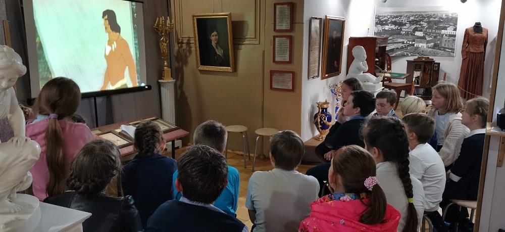 В районе Тверской области школьники узнали о своем крае во времена каменного века