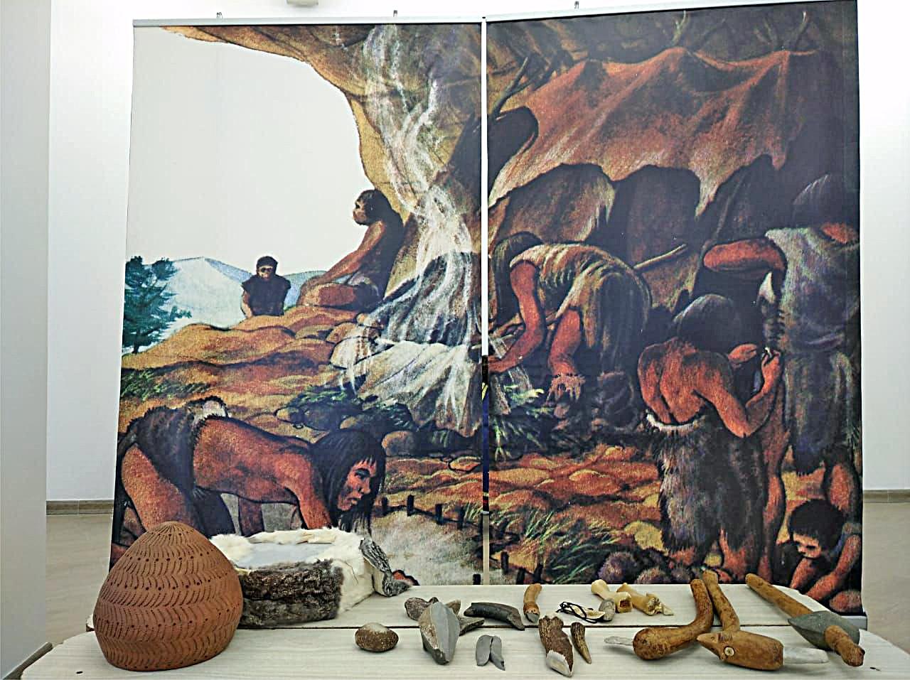 Посетители Тверского краеведческого музея могут побывать в шкуре первобытного человека