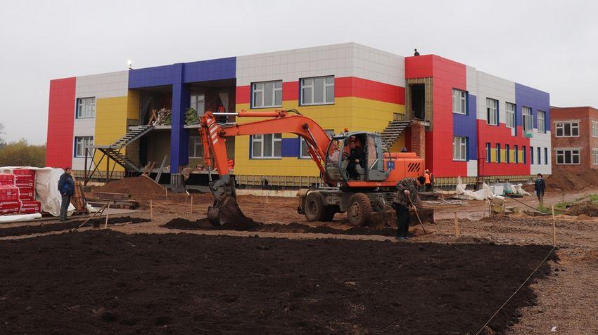 В Торопце достраивают новый детский сад