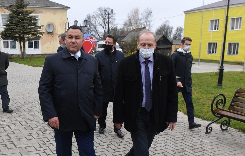 Губернатор поторопил сонковских чиновников с капремонтом межпоселенческого дома досуга