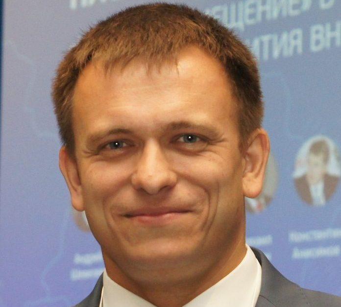 Александр Слепышев: Меры поддержки в период пандемии помогают предприятиям не только удержаться на плаву, но и развивать производство