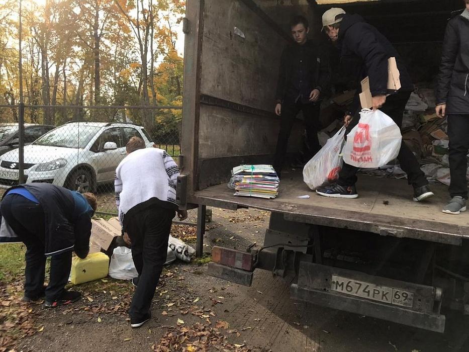 В Калязинском районе школьники собрали 5189 килограммов макулатуры