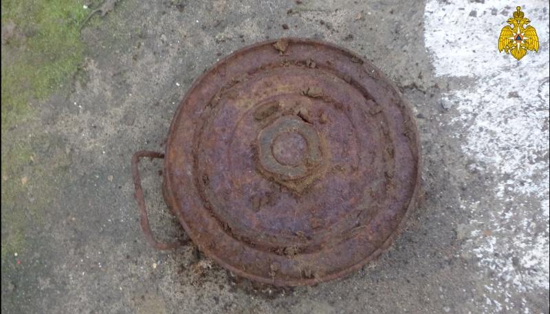 Опасная находка: в Твери нашли противотанковую мину