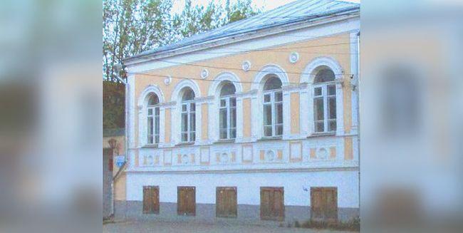 Выставка живописи и графики «Художников друг и помощник» откроется в Твери