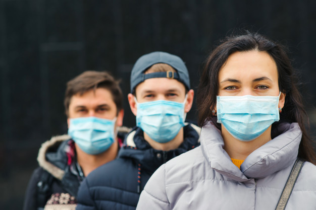 Игорь Руденя в прямом эфире рассказал о ситуации с коронавирусом и работе медиков