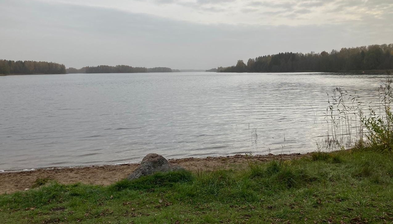 В Тверской области в озере нашли тело мужчины