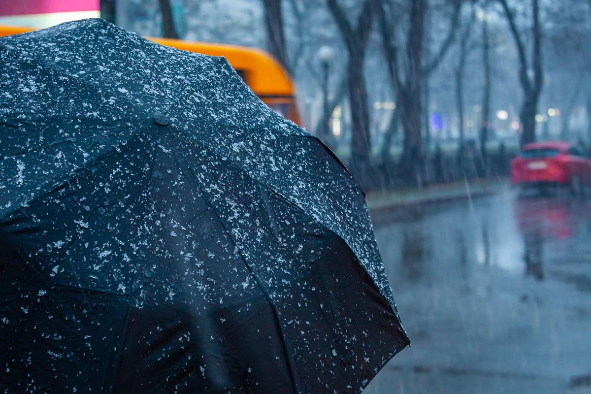 Холодно и мрачно: жителей Тверской области накроют тучи и дождь со снегом