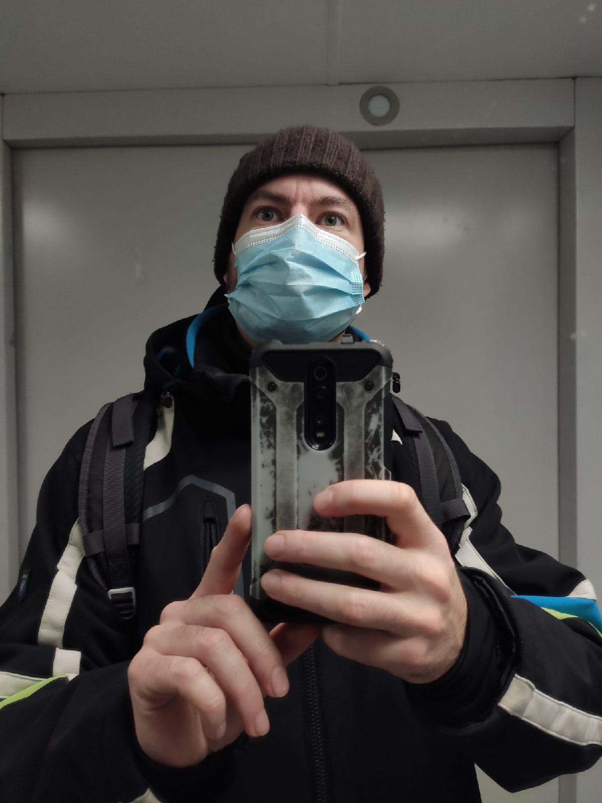 Игорь Докучаев: пока не пришла вакцина, надо пользоваться масками