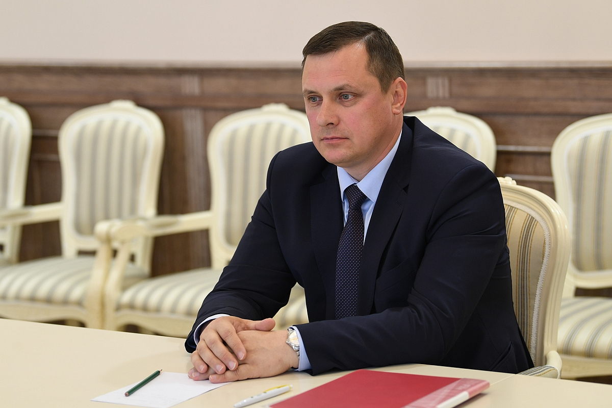 Олега Грязнова вновь избрали главой Сандовского муниципального округа