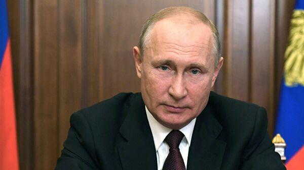 Владимир Путин поздравил жителей Верхневолжья с Днем России