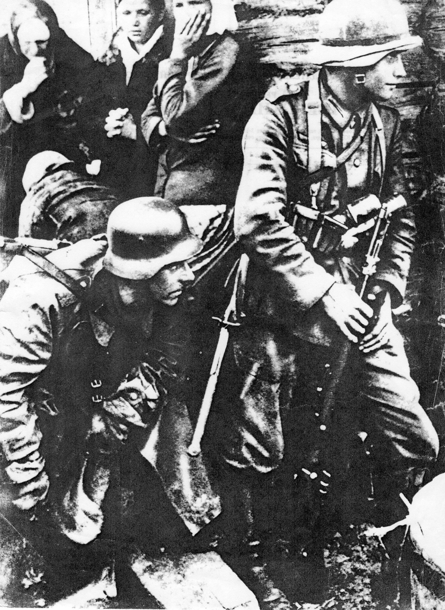 """Фотолента """"Тверьлайф"""": архивные фото защитников земли тверской"""