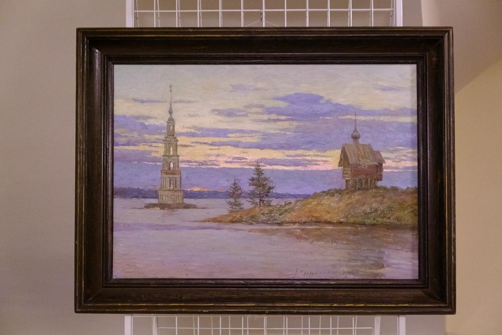 Калязинская колокольня вдохновила художников провести выставку в Санкт-Петербурге