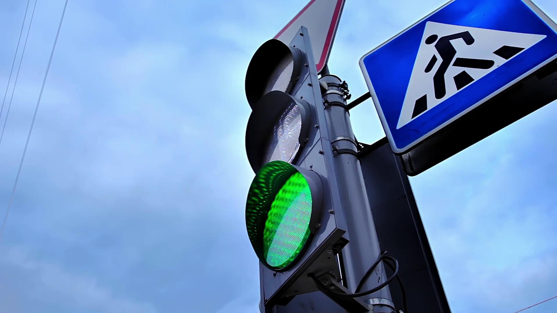 В Тверской области до конца года установят 176 новых светофоров