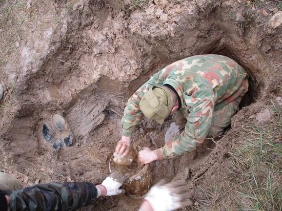 В Тверской области найдены павшие красноармейцы и медальон с запиской