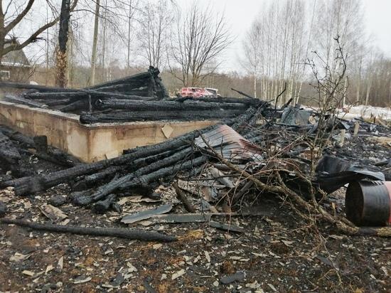 Молодой житель Тверской области погиб при пожаре