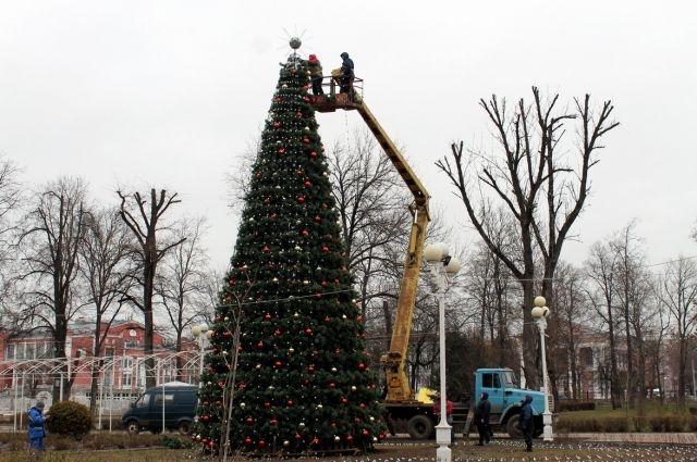 Одна из новогодних елей обойдется Твери почти в миллион рублей