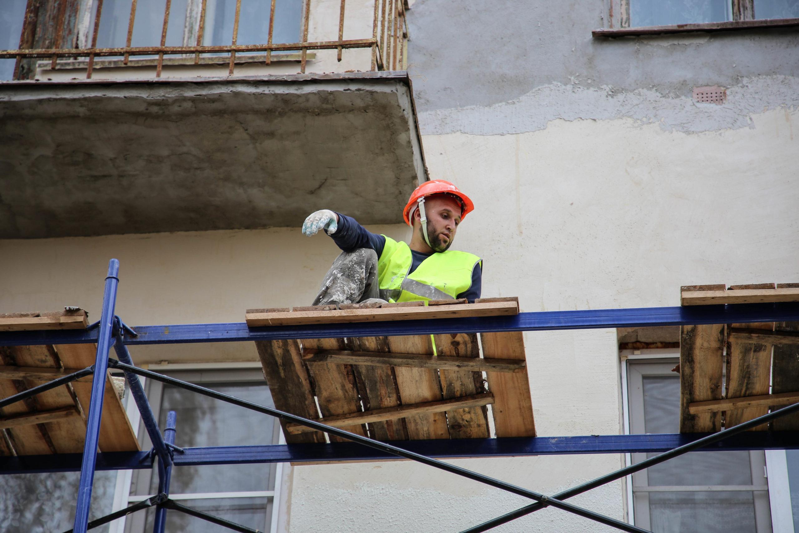 Рабочие муки: места, где в Тверской области нельзя трудиться иностранцам