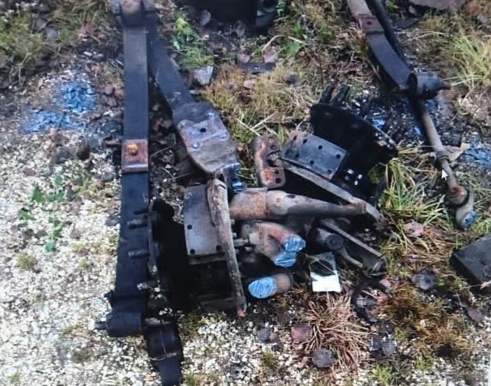 В Тверской области женщина пыталась украсть запчасти с грузовика