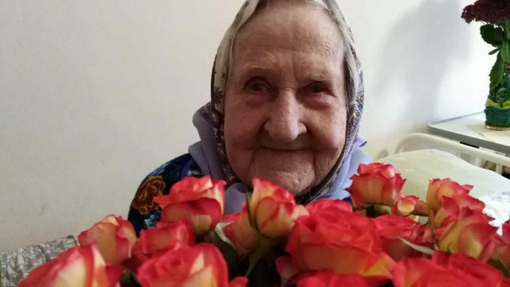 Губернатор по телефону поздравил жительницу Вышнего Волочка Екатерину Федоровну со 100-летним юбилеем