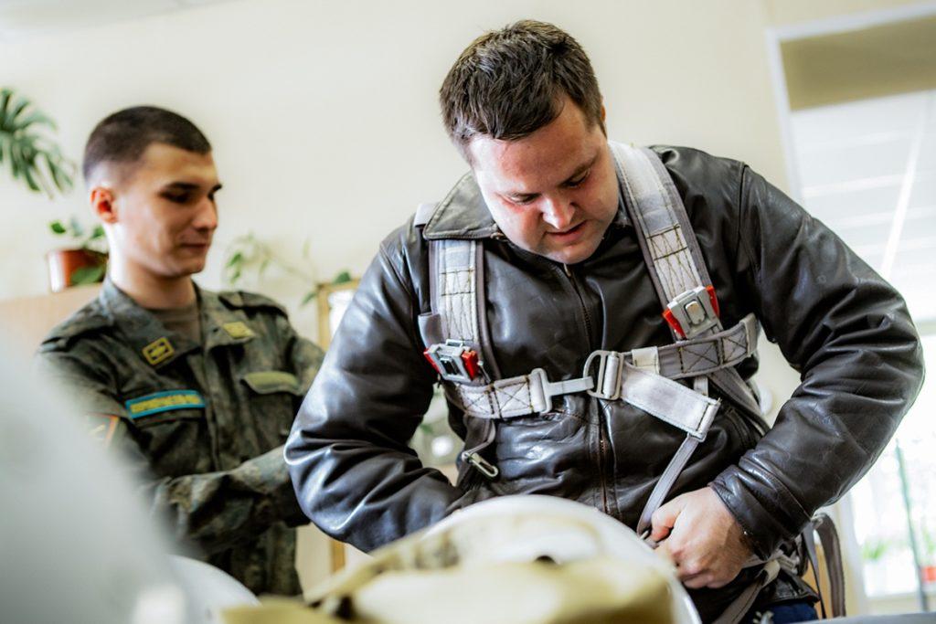 Летчики ленинградской армии ВВС и ПВО прибыли в Тверь для тренировок