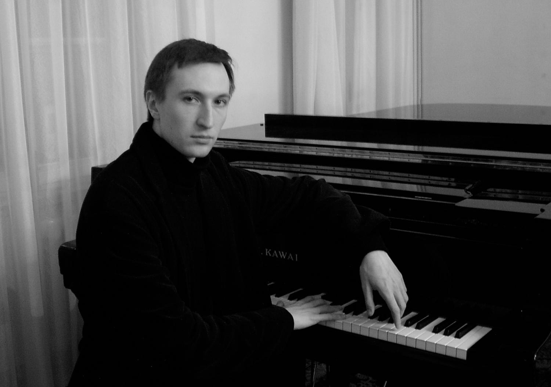 В Тверской филармонии выступит известный пианист Сергей Каспаров