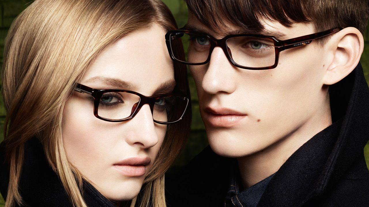 Очки для зрения как модный аксессуар: тенденции 2021 – вперед к вечной классике