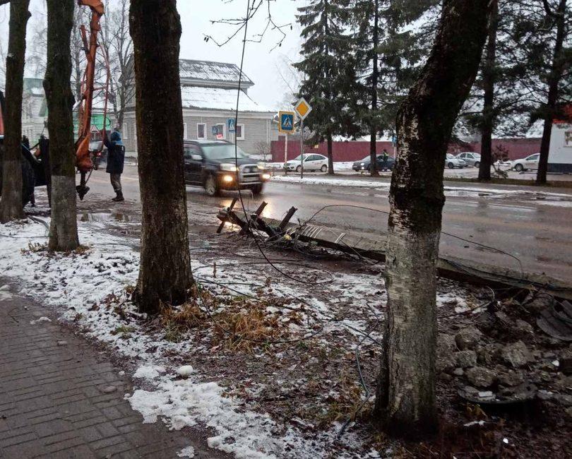 В сеть попала запись ДТП в районе Тверской области