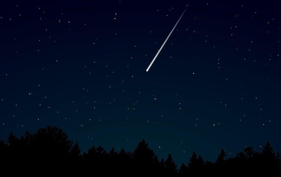 В Тверской области с неба будут падать белые звёзды
