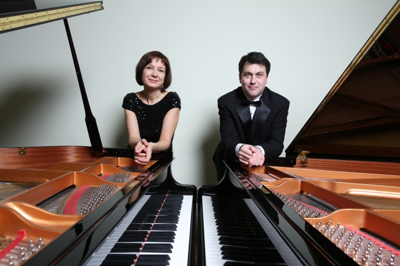 В Твери выступит известный фортепианный дуэт