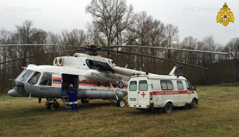 Тяжелобольного пациента доставили в Тверь вертолетом санавиации