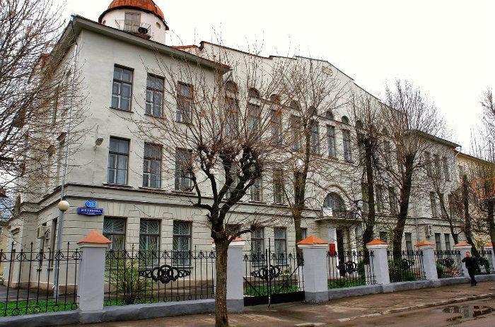 В Твери установят бюст основателю женской учительской школы Павлу Павловичу Максимовичу