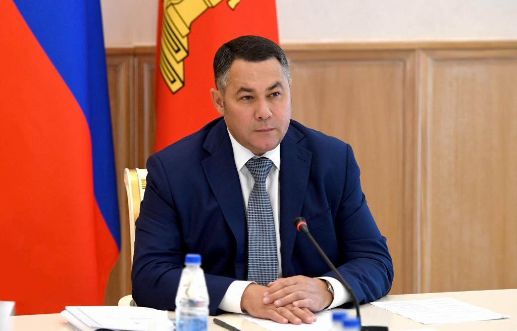 Губернатор взял на контроль оснащение ржевского музея мультимедийной техникой
