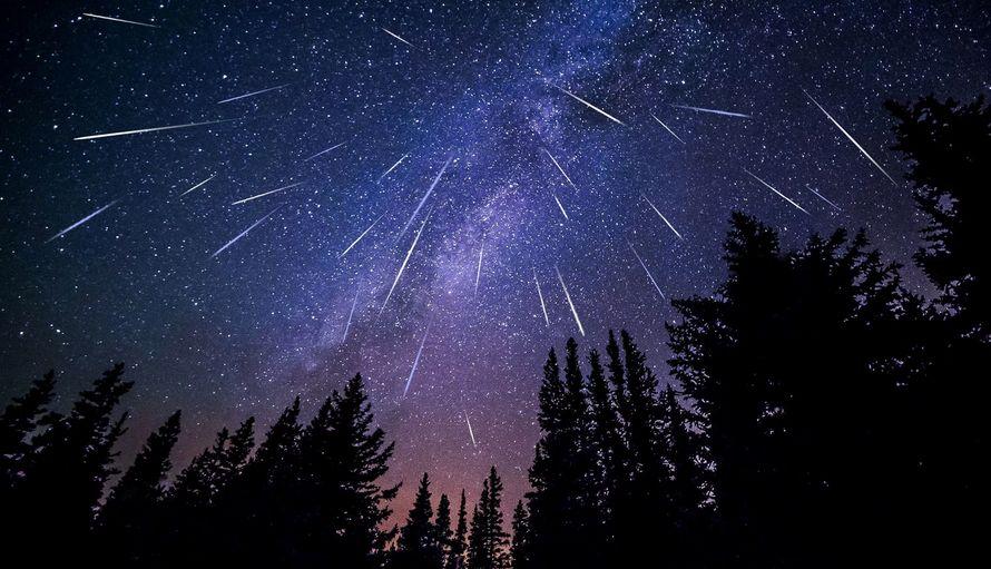 Два звездопада и единение планет пройдут в небе над Тверской областью