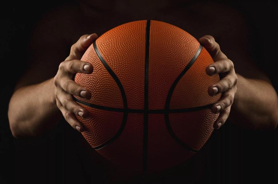 Баскетбольный клуб «Тверь» одержал победу на предновогодней игре