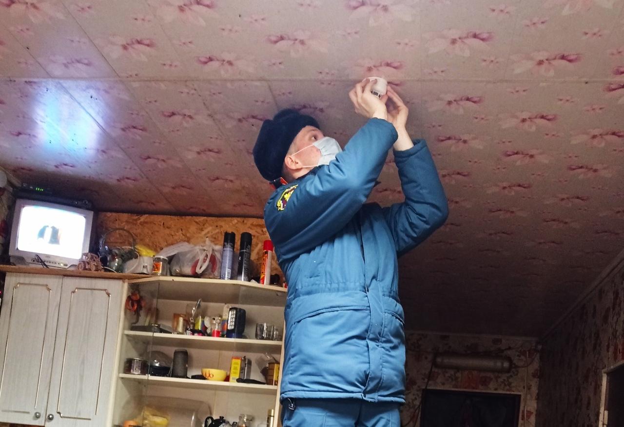 7500 пожарных оповещателей установлено в домах многодетных семей Тверской области