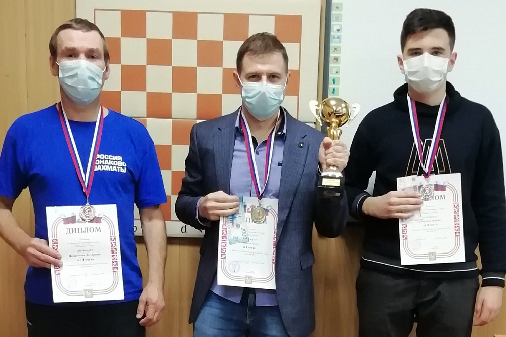 Торопецкий школьник стал вице-чемпионом по молниеносным шахматам среди мужчин
