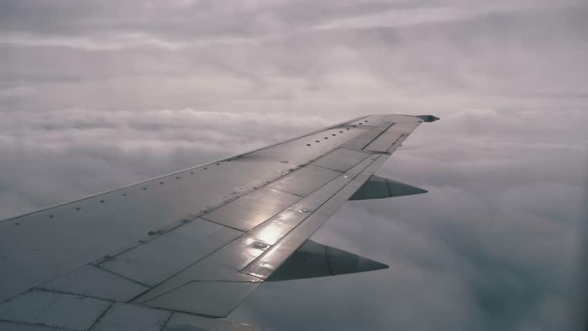 Только в полётах живут самолёты:  Ил-76 снова кружили в небе над Тверской областью