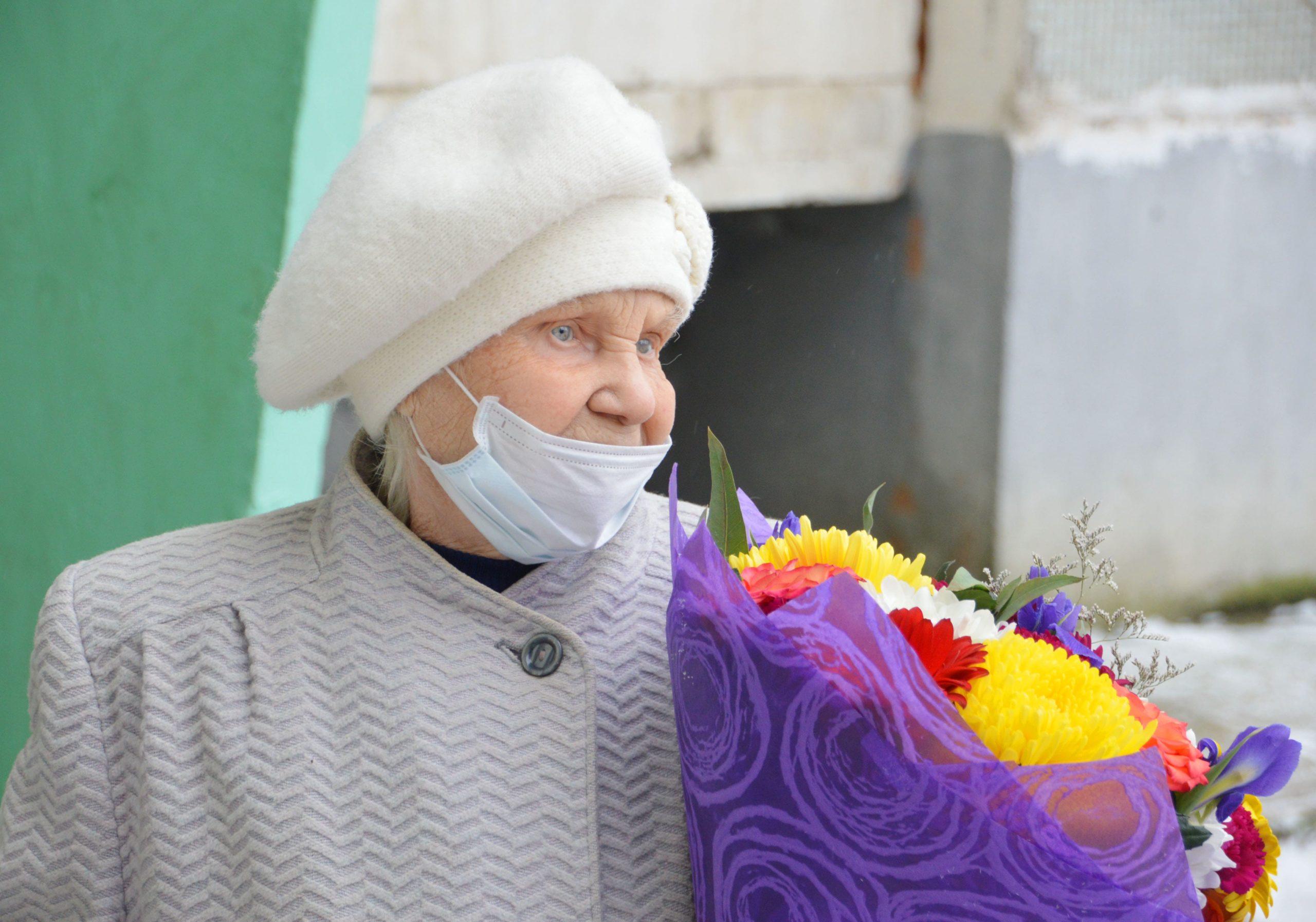 Игорь Руденя поздравил ветеранов  с 79-летием освобождения города Калинин от немецко-фашистских захватчиков