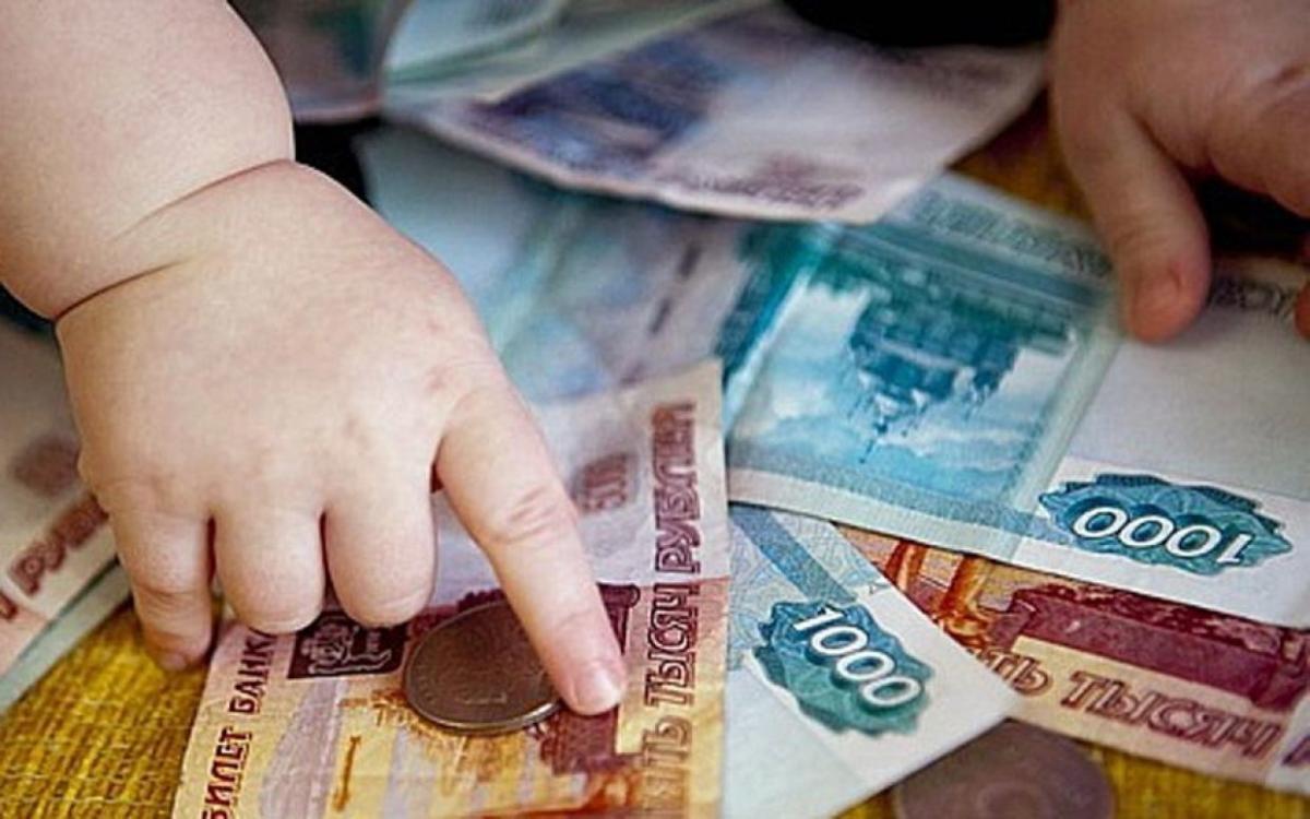 За неуплату алиментов мужчину приговорили к исправительным работам в Тверской области